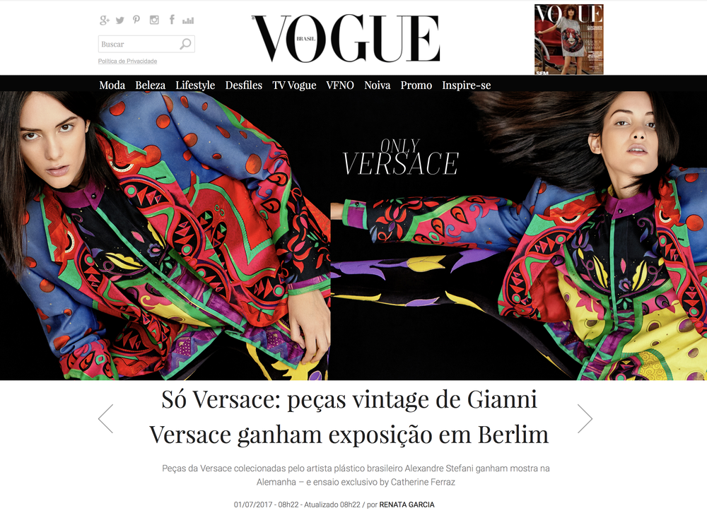 Vogue_Site_Versace_01.png