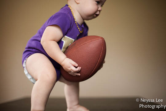Football photo tips, baby girl with football