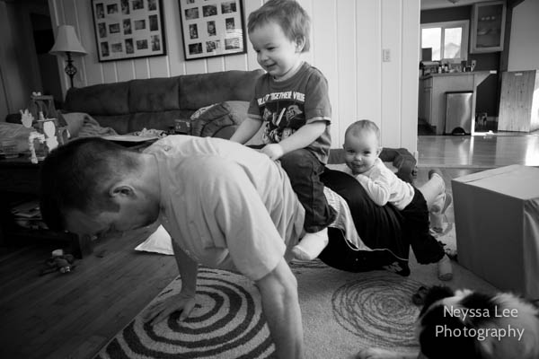 toddler push ups, capturing everyday moments