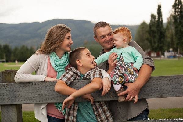 Tips for What to Wear for Fall Family Photos