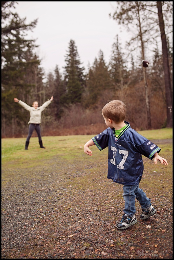 how to photograph the biggest football fans, preschool boy throwing the football