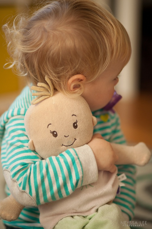 Photograph their snuggles, photography tips, photo recipe, toddler girl with her baby doll