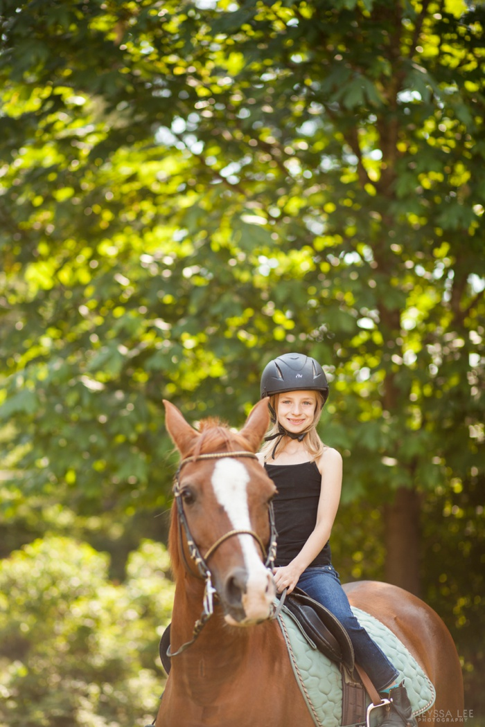 photos with horses, north bend family photography,