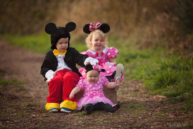 Happy Halloween, Themed Costumes, Disney, Minnie Mouse, Mickey Mouse, Siblings