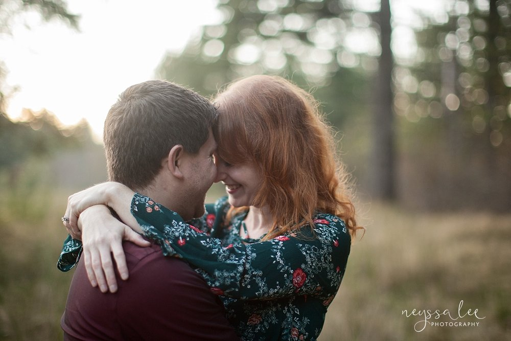 neyssa lee photography snoqualmie family photographer what to wear in family photos husband and wife couple photo