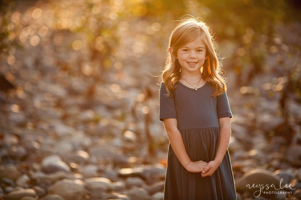 Snoqualmie Family Photographer, Neyssa Lee Photography, Family of 5, girl