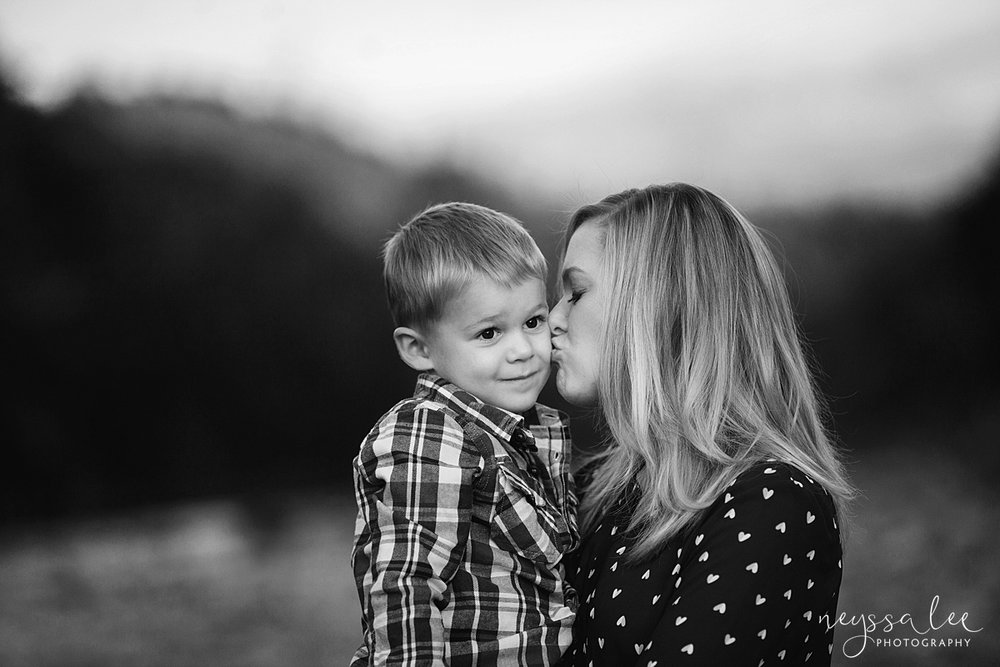Snoqualmie Family Photographer, Neyssa Lee Photography, Family of 5, Mother and Son