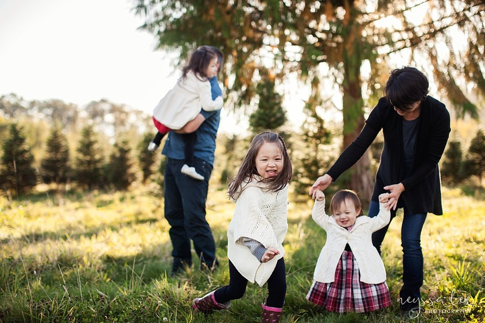 5 Tips to Prepare for Your Family Photo Session, Neyssa Lee Photography, Issaquah Family Photographer, Family dancing together in beautiful light