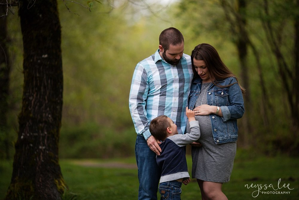 Maternity Session for each pregnancy, Snoqualmie Maternity Photographer, Neyssa Lee Photography, Family of Three,