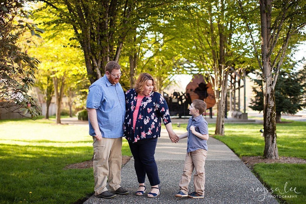 Photos for a 10 year anniversary, Snoqualmie Family Photography, Neyssa Lee Photography, Snoqualmie Train Station, Family of three