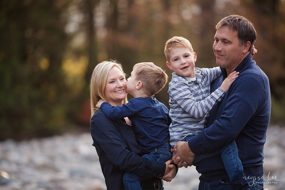 Snoqualmie Family Photographer, Neyssa Lee Photography, Fall Family Photos, Change of perspective on family photos, lifestyle family photo