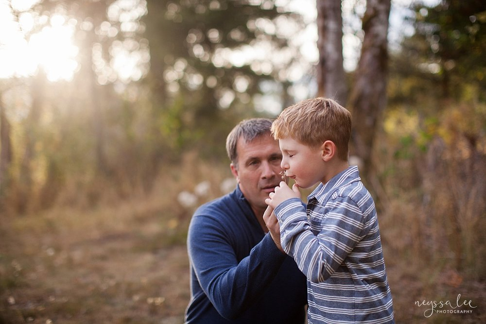 Snoqualmie Family Photographer, Neyssa Lee Photography, Fall Family Photos, Change of perspective on family photos, Boy blows wish flower