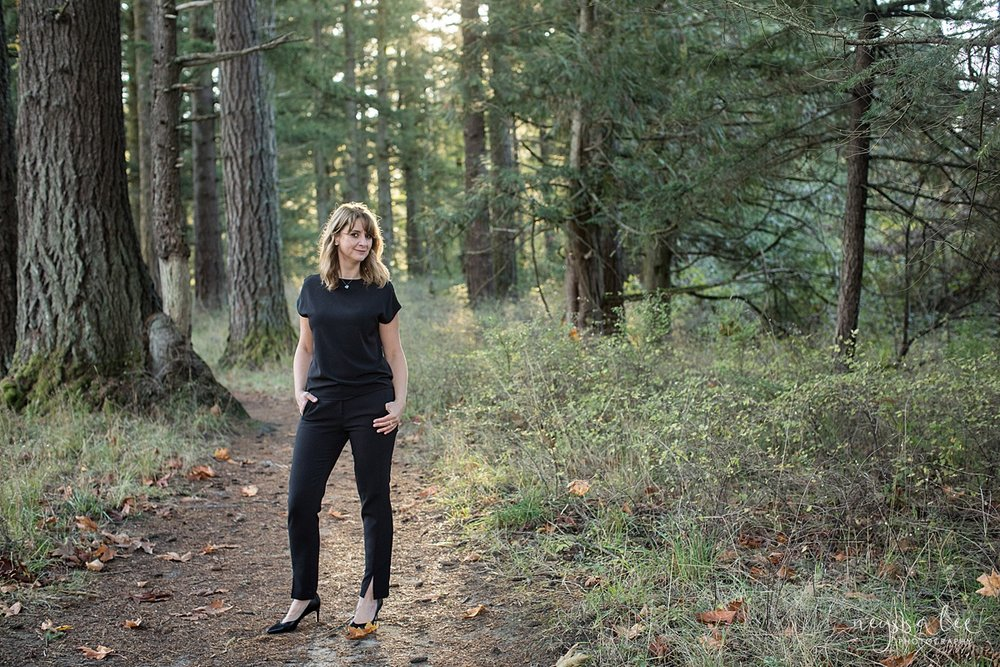 Neyssa Lee Photography, Seattle Brand Photographer, Hesmarieh jewelry owner, Seattle Lifestyle Headshot Photographer, woman business owner headshot in the woods