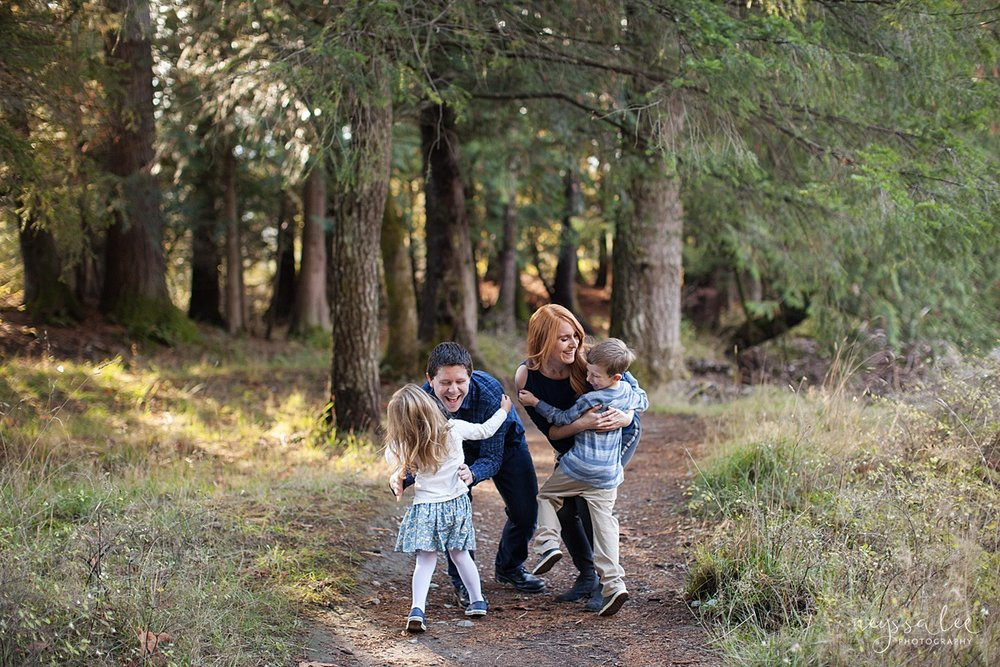 Neyssa Lee Photography, Photos of a family laughing together, lifestyle family photography, Seattle Family Photographer