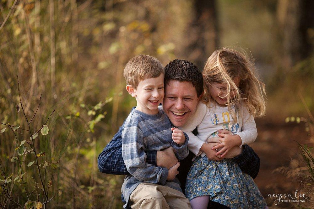Neyssa Lee Photography, lifestyle family photography, Seattle Family Photographer, Photo of dad with his kids