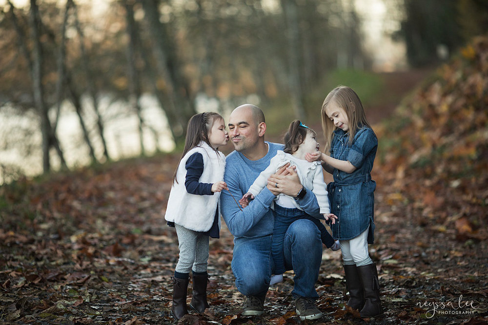 Neyssa Lee Photography, Snoqualmie Family Photographer, Large family photo, Lifestyle photo of father with his three daughters