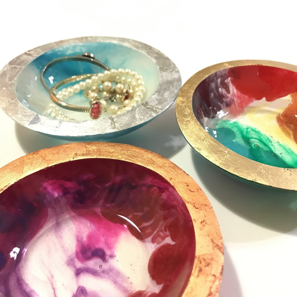 big resin bowls