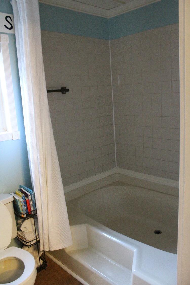 MODERN BATHROOM REMODEL Abigail Amira - Alenco bathroom remodel