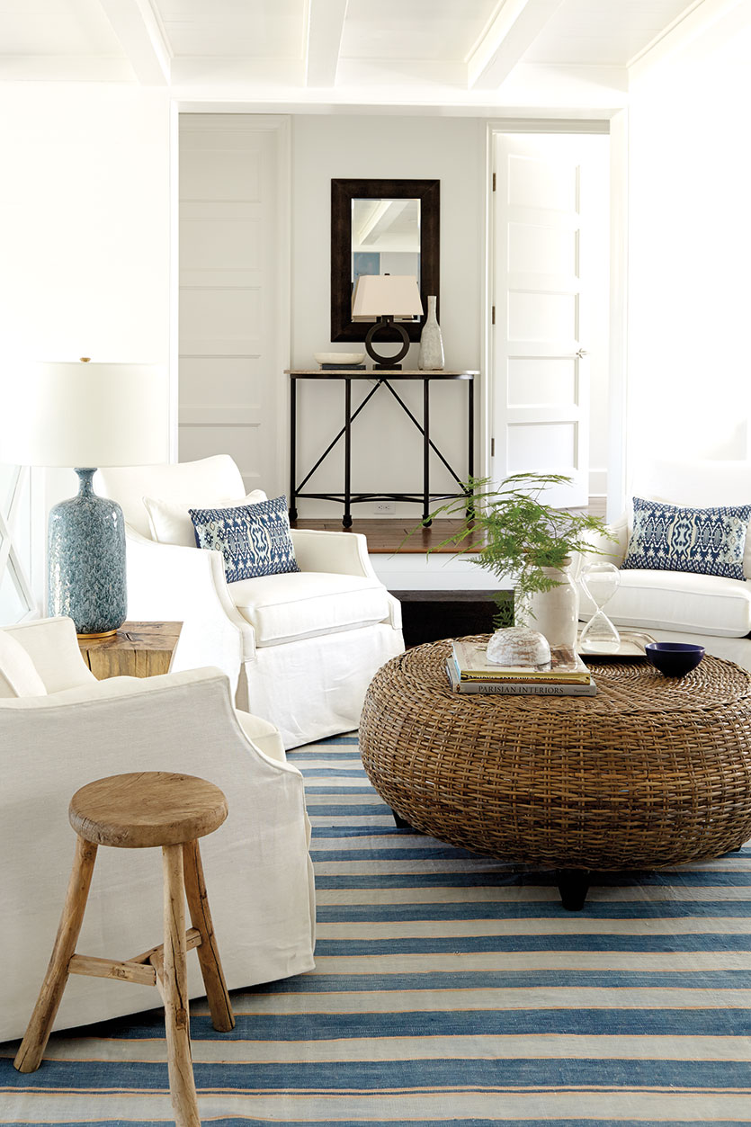 is white paint still the best wall color living room ideasdecorated rh decoratedlife com