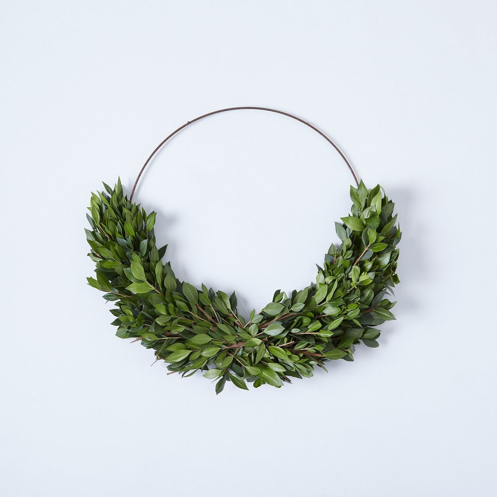 Boxwood & Mrytle Half Wreath