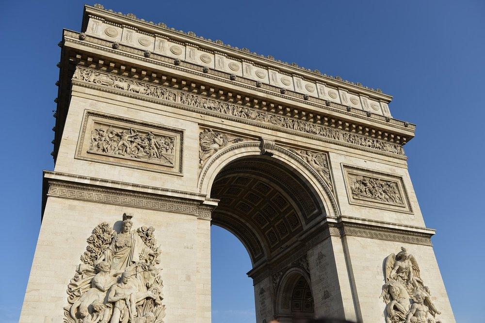 arc-de-triomphe-649270_1280.jpg
