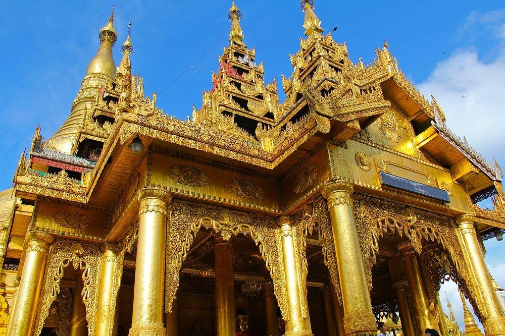 shwedagon-pagoda-956956_1280.jpg