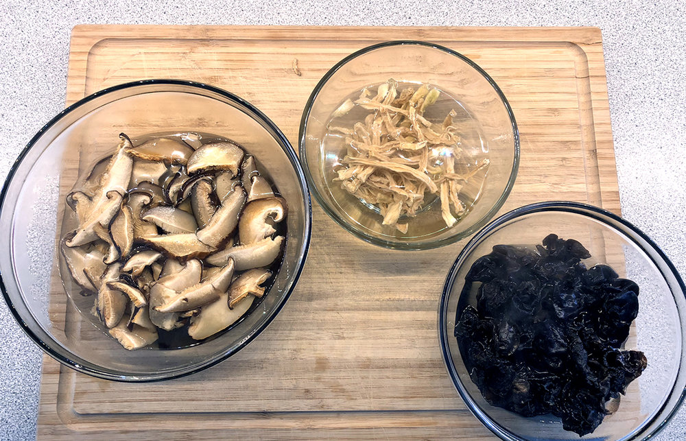 Shiitake, diakon radish, wood ear mushrooms