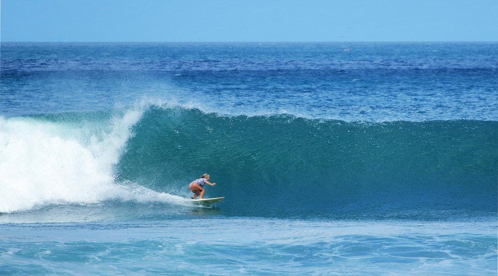 Nica Surf.jpg