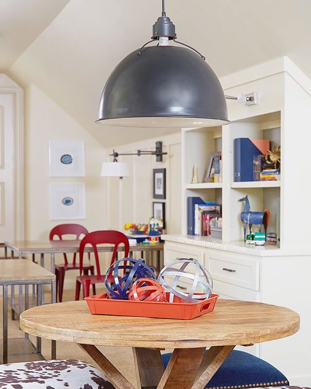 It's a rainy Monday but I'm not going to let that get me down. Check out this bright and cheerful playroom. The perfect place for a house full of children to congregate! #MeriwetherDesignGroup . . . . . . #boss #love #interiordesign #interiordesigners #inspiration #beautiful #fun #instagood #dreamhome #nature #gooddesign #photooftheday #picoftheday #instadaily #home #fashion #igers #interiordesign #livingroom #glamous #designinspiration #pow #tulips #candles #workitout #truth