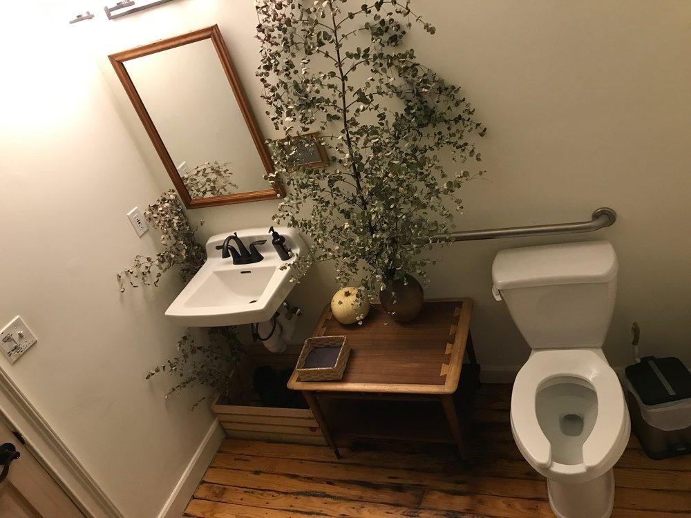 vinland-restroom