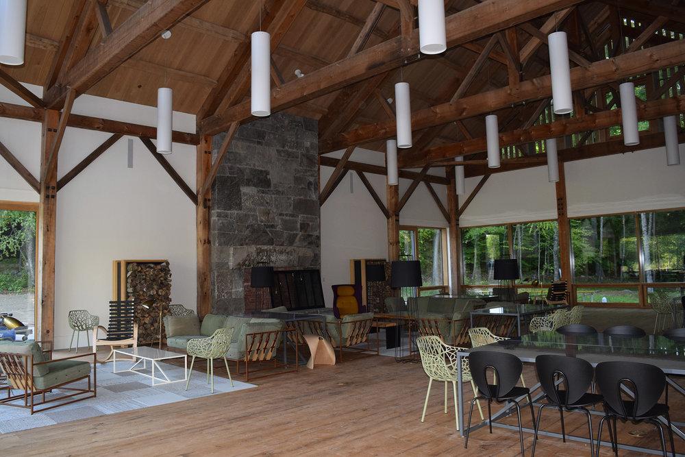 Interior-2-2000.jpg