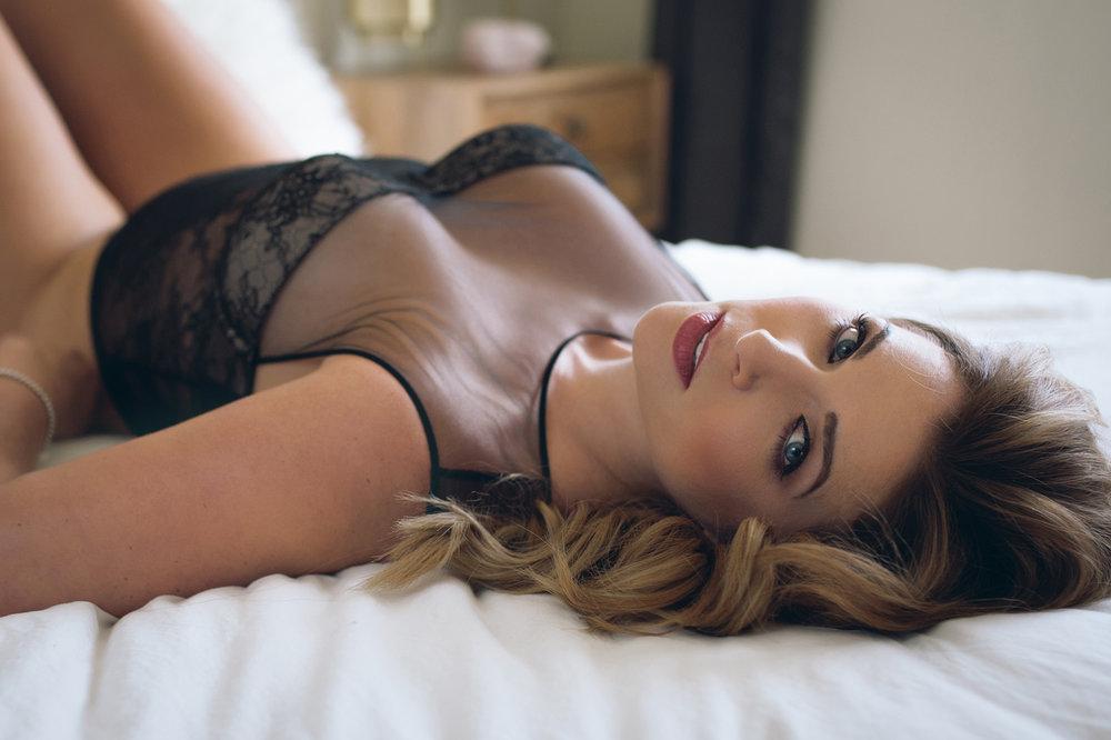 lingerie-photoshoot-madison-wi.jpg