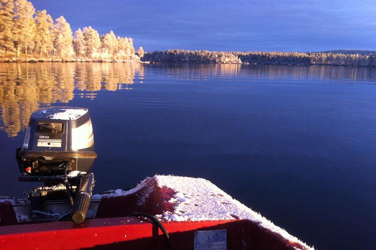 Boat03.jpg