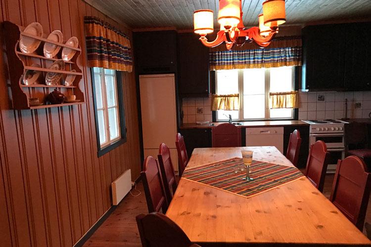 Kitchen05.jpg