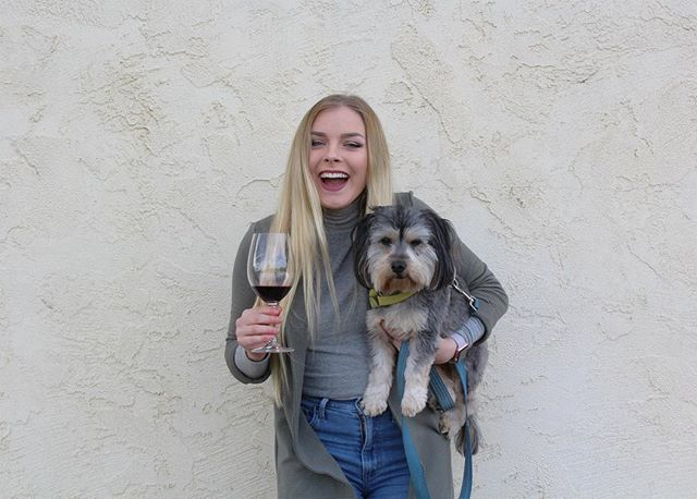 A glass of wine with my best buddy is all I need 🐶. #dog #dogfriendly #dogs #winery #wine #greenvalley #napa #napavalley #boutique #fairfield #sonoma #vacaville #sanfrancisco #sacramento #photography #adventure #losangeles #sandiego #sanjose #travel #newyork #winelover