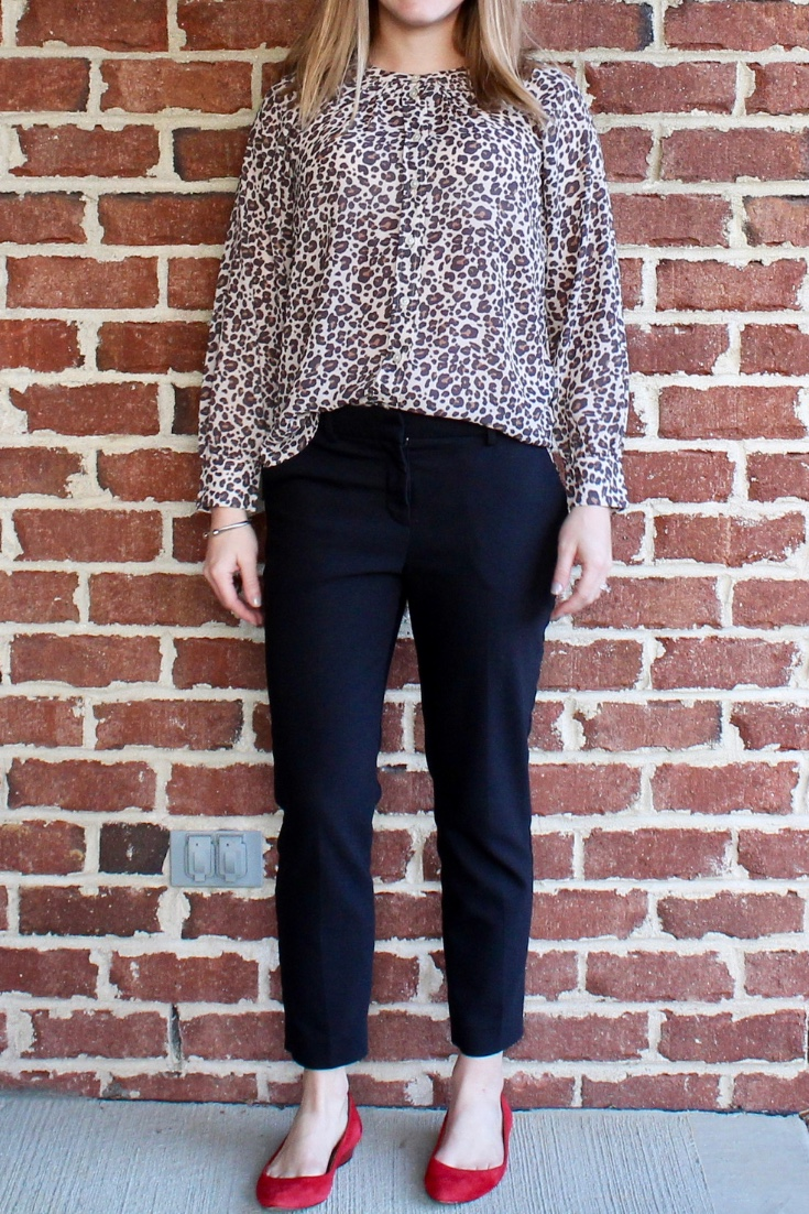 Classic work style: leopard and red