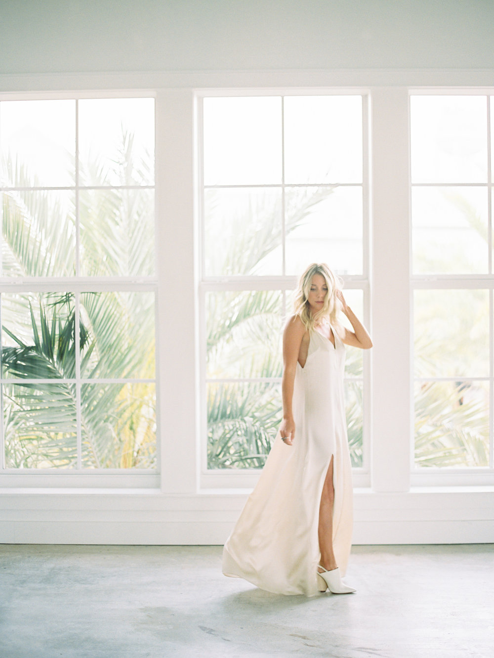 minimalist-wedding-dress.JPG