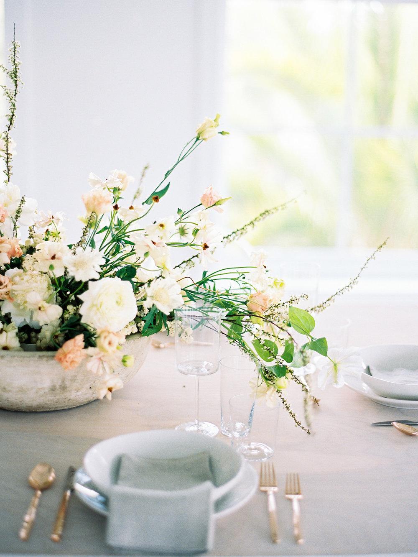 modern-wedding-place-settings.JPG