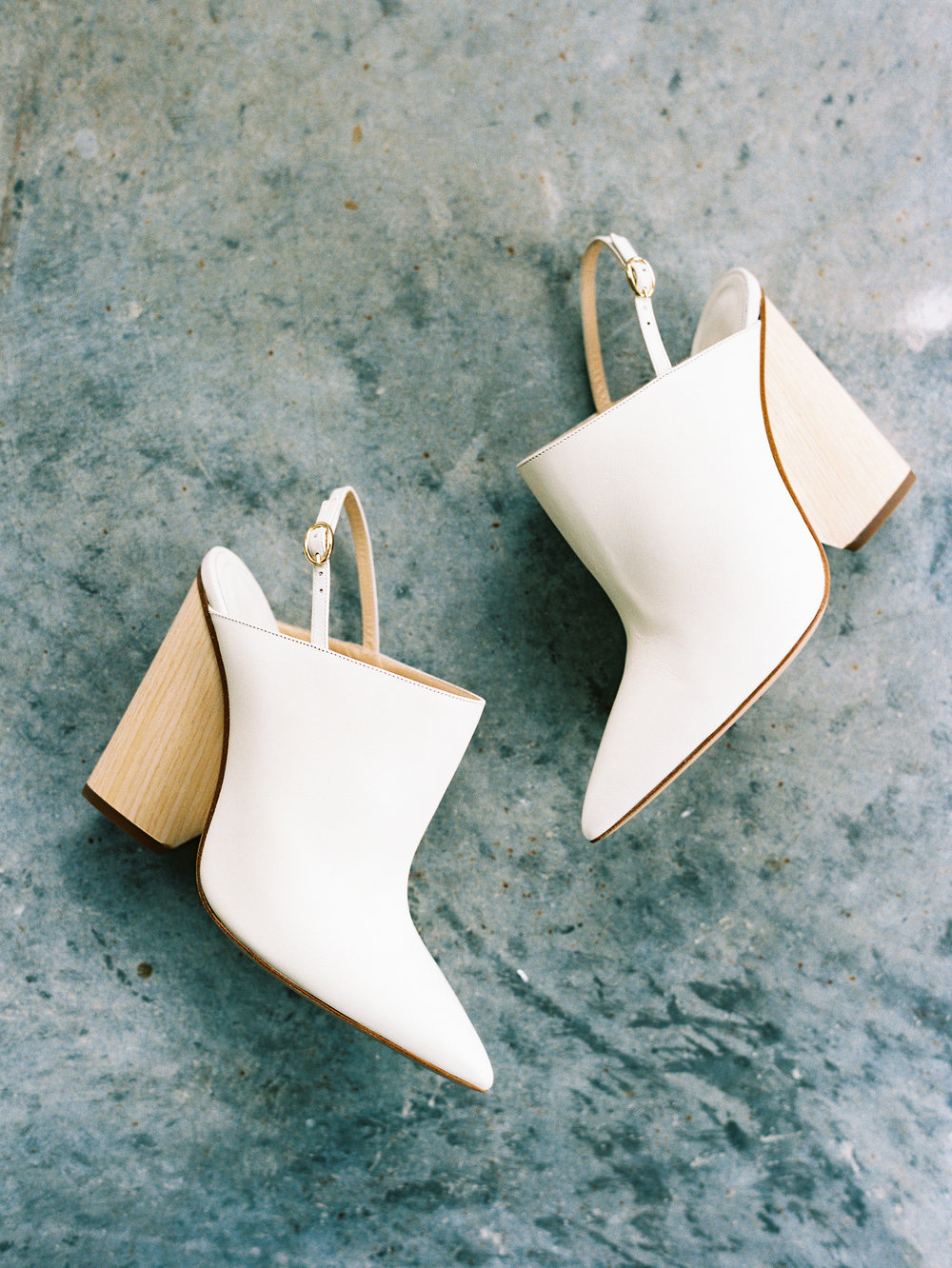 modern-wedding-shoes.JPG