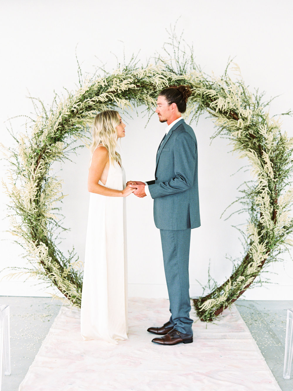 natural-wedding-arch.JPG