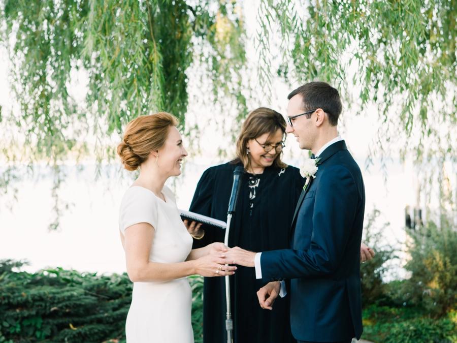 12-wedding-under-weeping-willow-tree.jpg