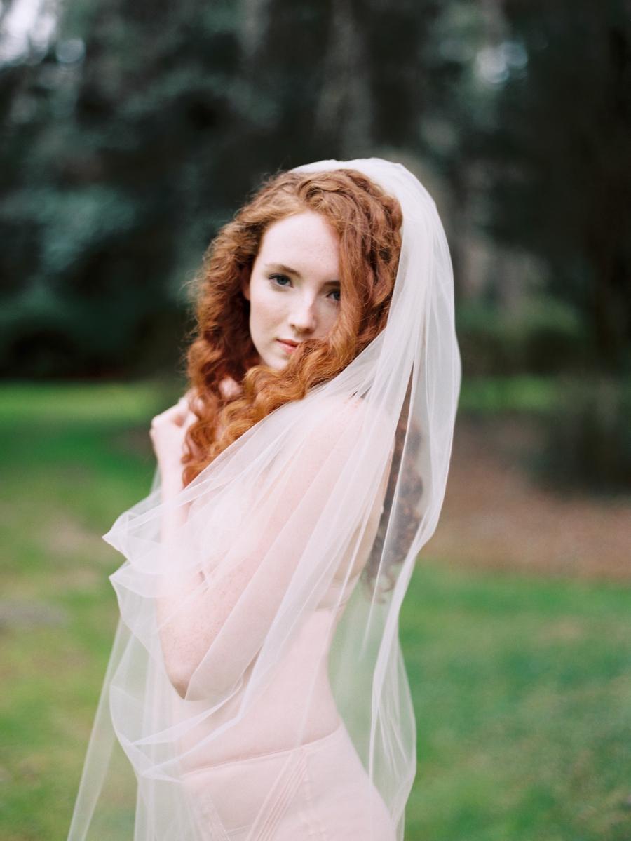 22-long-veil-for-wedding.jpg