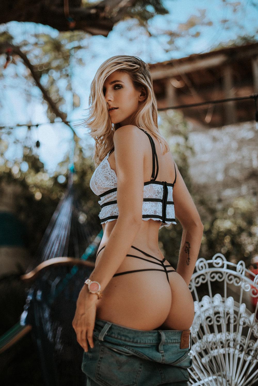 Sabrina W-12.jpg
