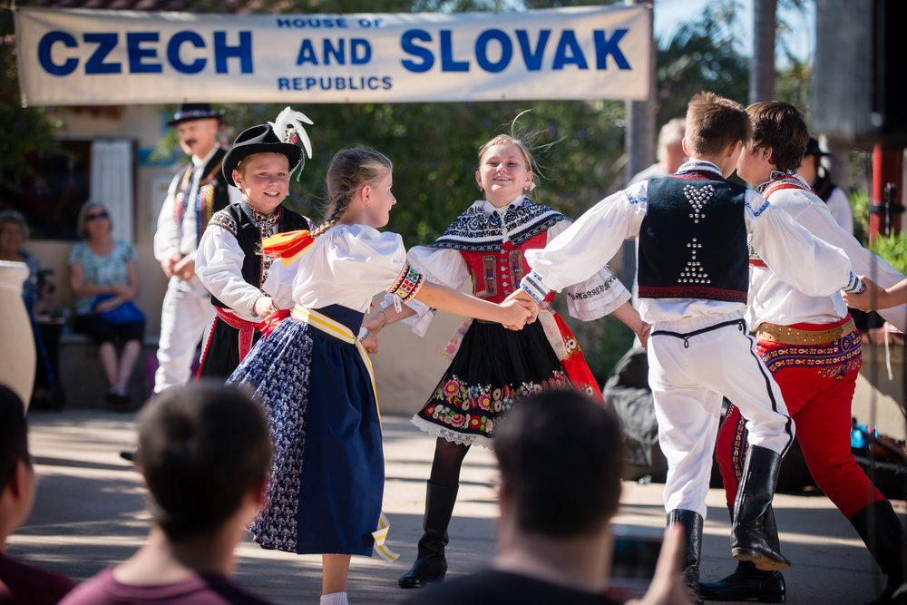 House of Czech & Slovak Republics' Annual Lawn Program 2017-39.jpg