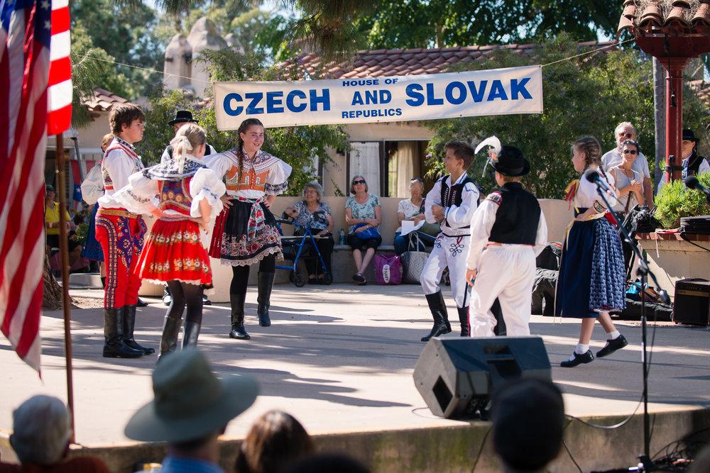 House of Czech & Slovak Republics' Annual Lawn Program 2017-40.jpg