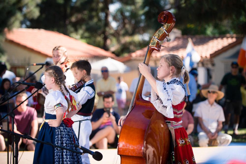 House of Czech & Slovak Republics' Annual Lawn Program 2017-57.jpg