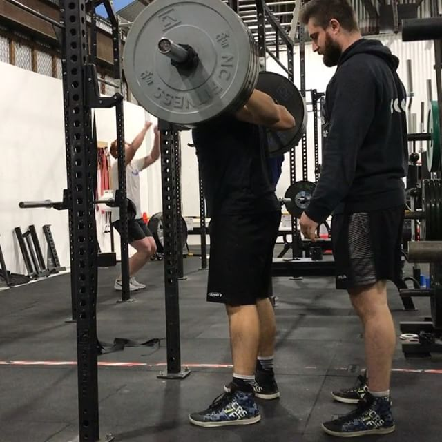 2x3 @ 150kg for Daniel on squats the other night. Retest is coming real soon for this boy. Stronger than most 17 year olds.
