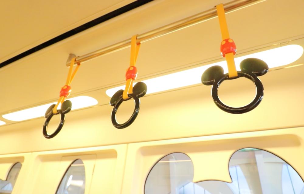 tokyo disney monorail