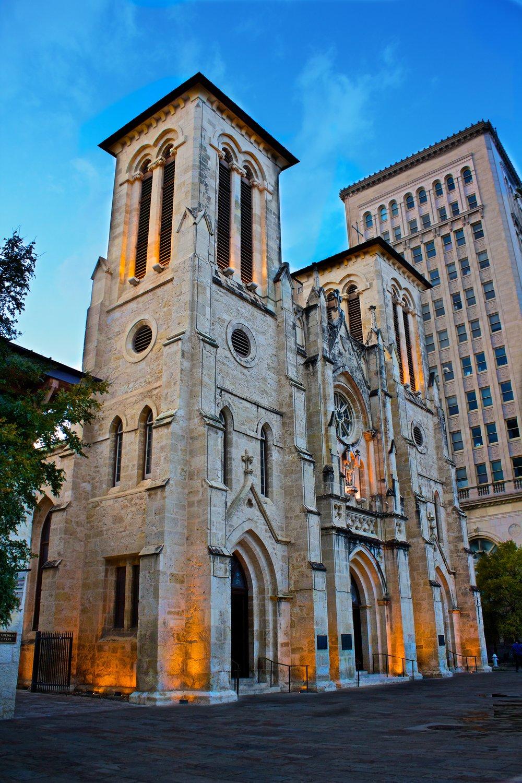 San Fernando Cathedral 1.jpg
