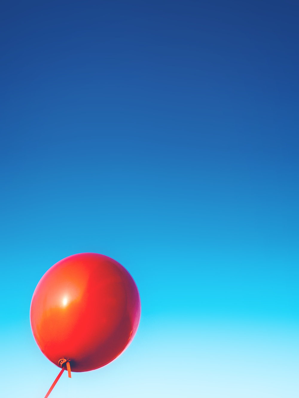 sky-red-blue-rubber.jpg